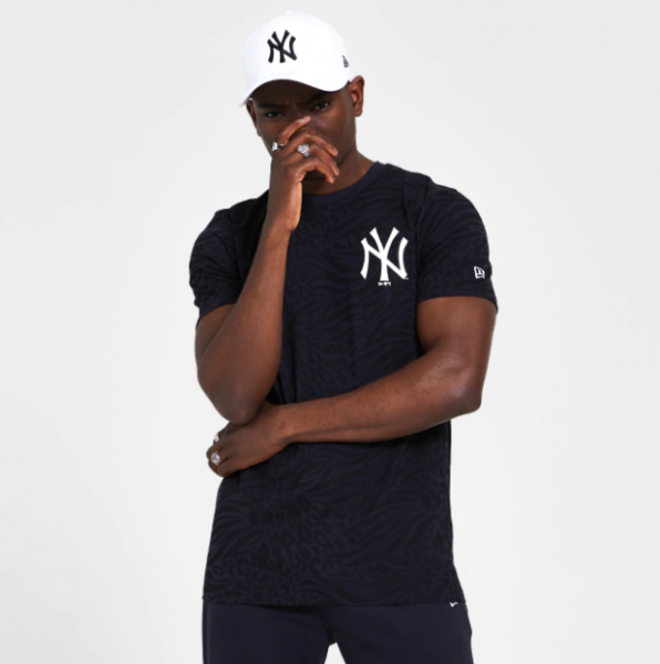 NEW ERA MLB NY Yankees AOP Logo Tee